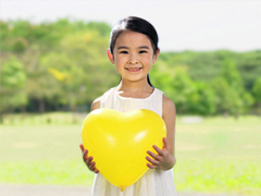 根据年龄段投保相应的少儿保险